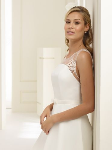 Bianco-Evento-bridal-dress, Tapazia